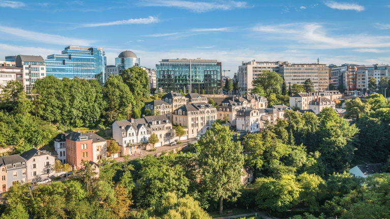 luxembourg-panorama-sunny-day-city-center