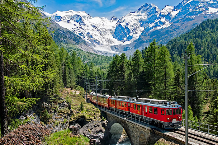 austria-bernina-express-scenery