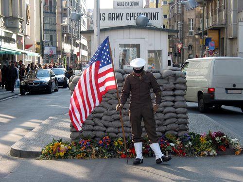 checkpoint charlie (2)