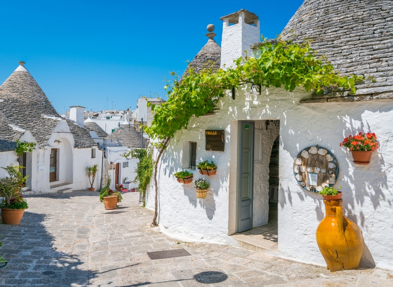 The Quaint 'Trulli' of Alberobello