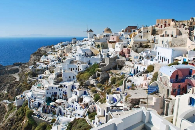 city_of_oia_santorini_greece_
