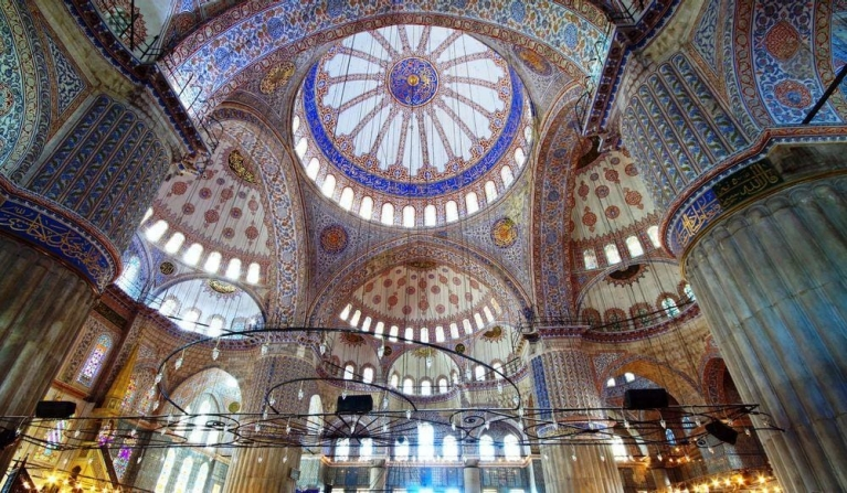 Inside the famous Blue Mosque