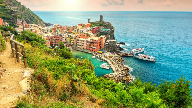 italy-mountains-hikes-beach-coast