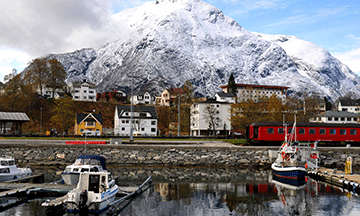norway-scenic-train-rauma-line