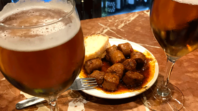 spain-andalusia-tapas-and-beers